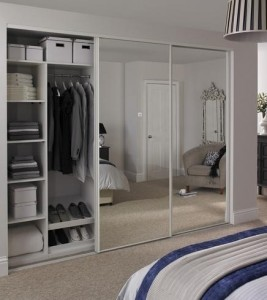 mirrored-wardrobe-doors-267x300.jpg